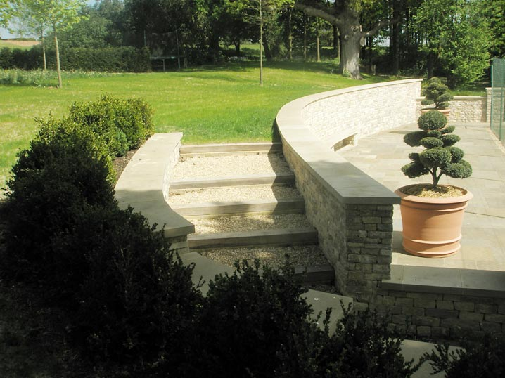 Dry Stone Pillar : Bespoke dry stone walling retained cladded curved wall
