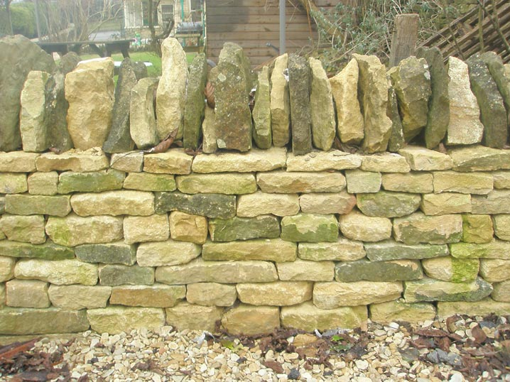 Home > Field Walls > Traditional wall, Oddfellows Hall, Chipping ...